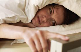 Бессонница увеличивает риск инсульта у молодых