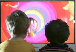 Шум телевизора тормозит развитие речи ребенка