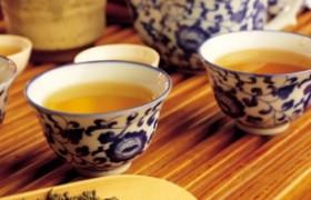Зеленый чай защищает клетки мозга