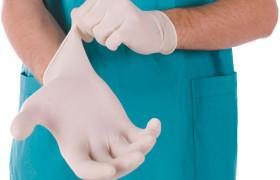 Среднему медперсоналу оказалось сложнее найти работу, чем врачам