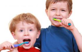 Использование фторсодержащих зубных паст для детей