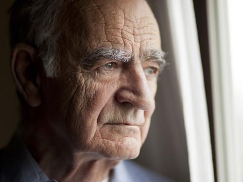 Вскрытие показало, что у многих пациентов с болезнью Альцгеймера нет амилоидных бляшек
