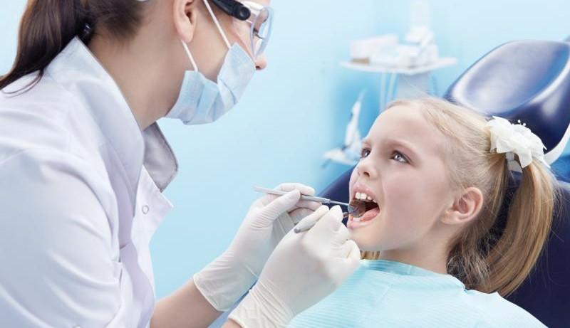 Заранее и ненавязчиво приучаем ребенка к посещениям стоматолога