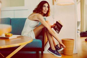 Кроссовки вредят здоровью больше, чем туфли на каблуке