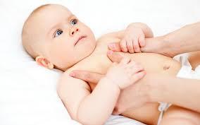 Как ухаживать за пупком новорожденного?