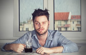 Тянет выпить и закурить У вас хронический недосып