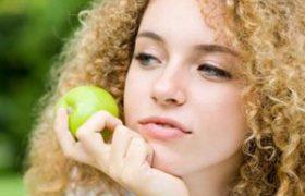 Съесть два яблока и проститься с холестерином