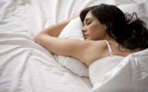 Резкие движения во сне могут свидетельствовать о наличии болезни Паркинсона