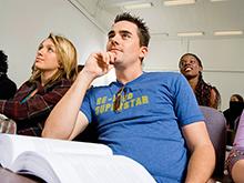 Высшее образование повышает риск опухоли мозга