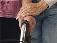 Эстроген способен защитить женщин от болезни Альцгеймера