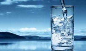Теплая вода более полезна для организма