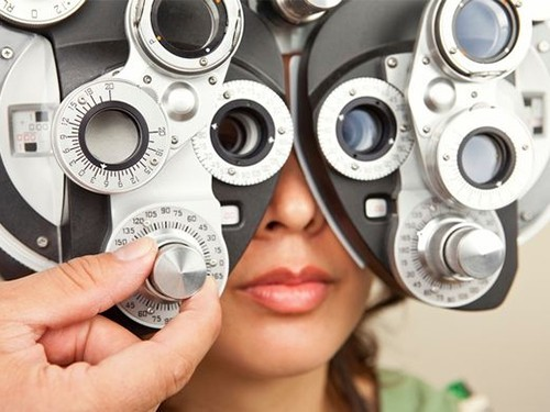 Болезнь Паркинсона можно заметить по глазам еще до первых симптомов