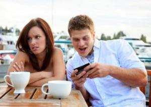 Открытие: смартфоны виновны в развитии слабоумия