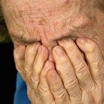 Многословность и спутанность речи — признаки слабоумия
