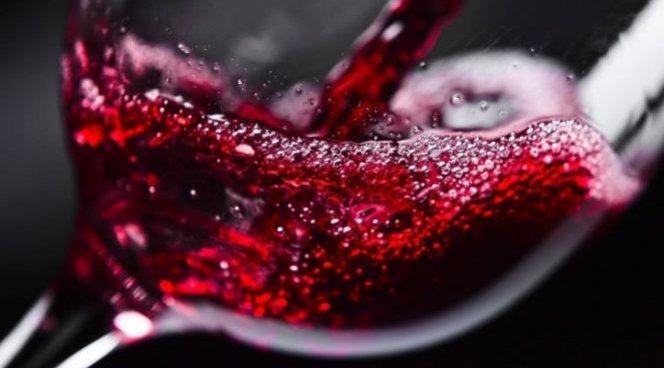 Вино может улучшать работу мозга лучше всего остального