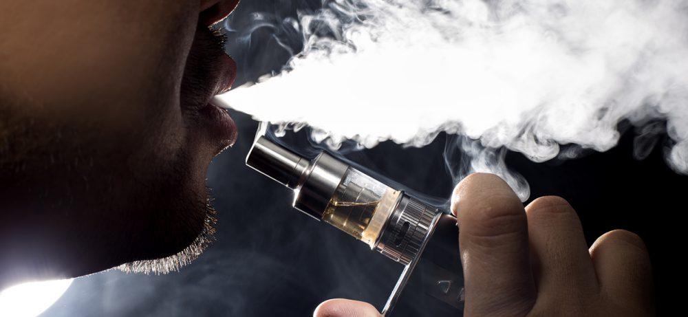 Е-сигареты с никотином плохо действуют на сосуды