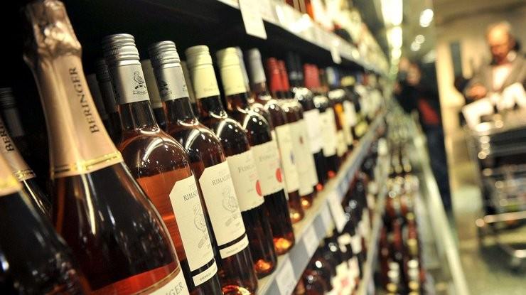 Алкоголь как способ избавиться от стресса: в чем главная ошибка