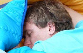 Всего одна ночь без сна способна привести к тяжелой болезни