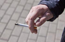 Десять сигарет в день вызывают психоз