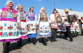 Жители деревень счастливее горожан