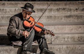 Ученые рассказали, почему мозг музыкантов работает эффективнее