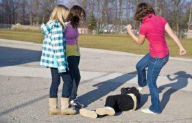 Психологи нашли причины, почему современные подростки такие агрессивные