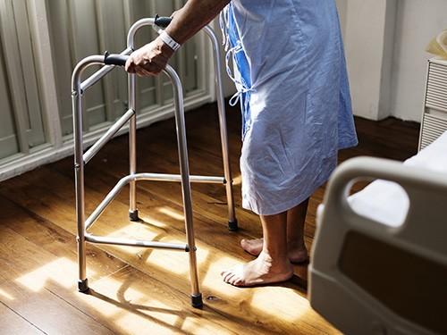 Физическая активность улучшает работу мозга даже при болезни Альцгеймера