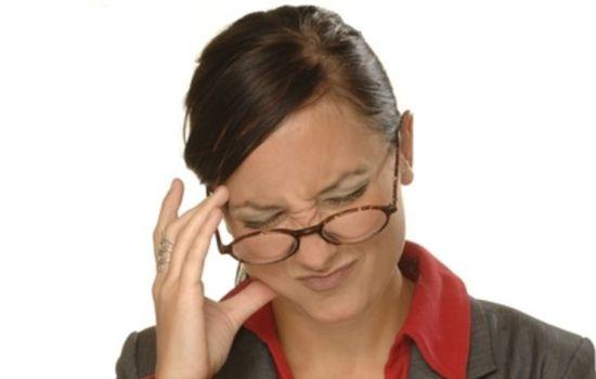 Болит лобная часть головы
