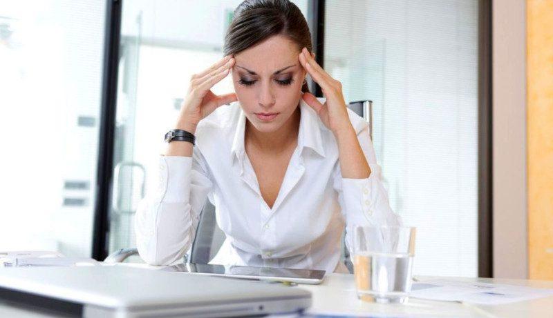 Психотерапевт: как защитить себя от синдрома выгорания на работе