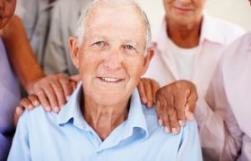 Забота о пожилом человеке с деменцией: что подразумевает?