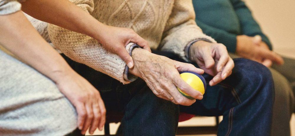 Выход на пенсию полезен для здоровья – ученые