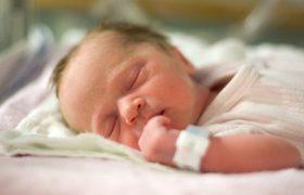 Преждевременное рождение ослабляет связи между участками головного мозга