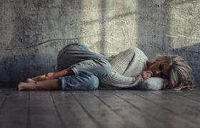 Вздрагивания во время засыпания: причины и способы борьбы