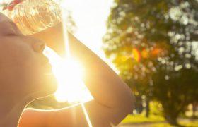 Врач перечислила симптомы солнечного удара