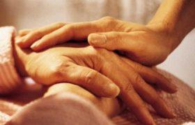Массаж поможет одиноким людям справиться со стрессом во время пандемии