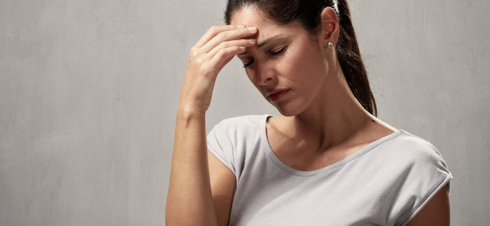 Причины и лечение тремора: что делать, если голова постоянно трясется?