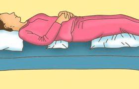 Храпите, болит спина, мешает большая грудь? В какой позе вам нужно спать?