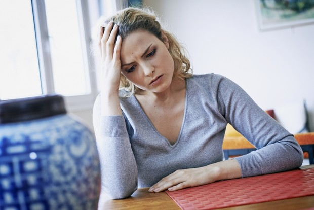 Почему болит голова после еды: отвечают ученые