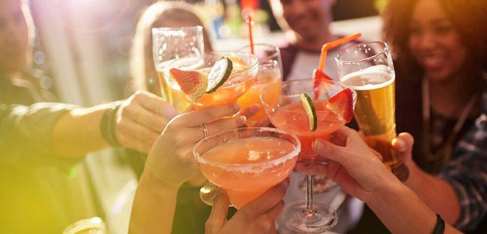 Когда отдых превращается в зависимость: признаки начала алкоголизма