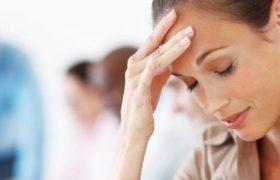 Болит голова после сна